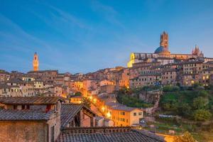 horizonte del centro de siena, en, italia foto