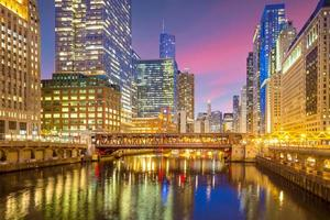 Chicago downtown and Chicago River photo