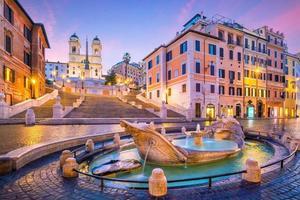 Plaza de España por la mañana, Roma foto