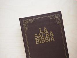 la sacra bibbia el libro sagrado de la biblia foto