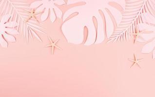 hojas de palma de corte de papel, concepto de papel de verano tropical foto