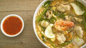 Seafood Sukiyaki Soup video