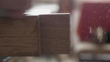Carpenter Planes a Wooden Oak PlanK video