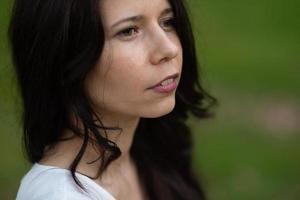 primer plano, retrato, de, un, sensual, bastante, mujer joven, cara foto