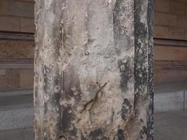 Bombed column in Berlin photo