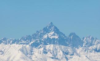 Monviso en Alpes Cottianos, Italia foto