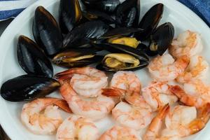 mejillones y langostinos marisco amado foto