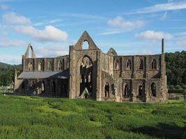 Abadía de Tintern en Tintern, Reino Unido foto