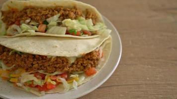 tacos mexicanos de frango video