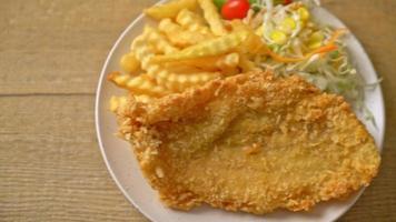 poisson frit et frites video