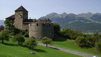 timelapse castello di vaduz in liechtenstien video