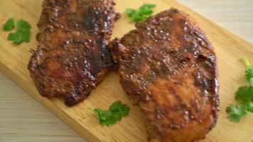 poulet jerk grillé à la jamaïque video