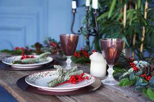 decoración de la cena de año nuevo de navidad foto