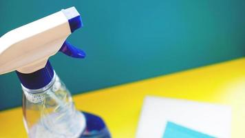 concepto de tareas domésticas, limpieza y hogar. foto