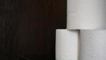 El papel higiénico se considera un artículo imprescindible durante una crisis. foto