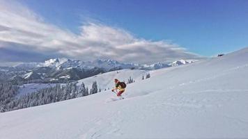 descente à ski en freeride video