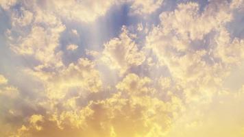 images haute définition du lever et du coucher du soleil timelapse à l'heure d'or. video