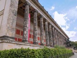 Altesmuseum que significa museo de antigüedades en Berlín. foto