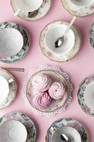 hermosa mesa de composición de la fiesta del té foto