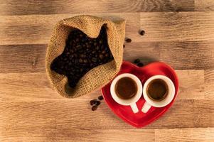 composición de café con frijoles foto