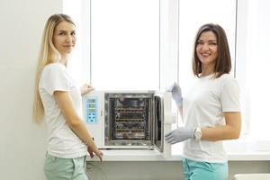 Dry heat for sterilization instruments photo