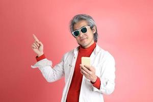 hombre en rosa foto