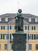 Estatua de Beethoven en Bonn, Alemania foto