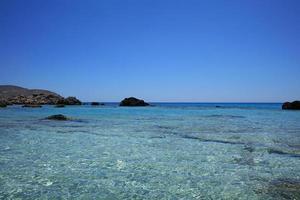 playa kedrodasos isla de creta laguna azul aguas cristalinas y corales foto