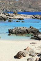 laguna azul kedrodasos playa isla de creta arena roja aguas antecedentes foto