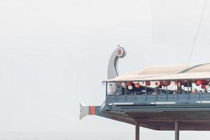 yalta 2021- el restaurante está diseñado en forma de barco foto