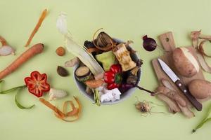 La composición de abono hecho comida podrida. foto