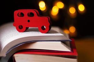 los libros, la imaginación, la naturaleza muerta foto