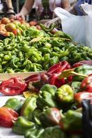 cerrar deliciosas verduras maduras foto