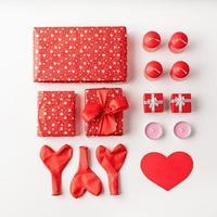 día de san valentín knolling objetos decoraciones foto