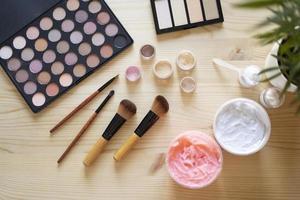 The makeup artist vlogging elements photo