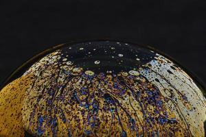 hermosas abstracciones psicodélicas en la superficie de las pompas de jabón foto