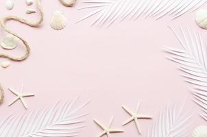 marco hojas de palma estrellas de mar. resolución y hermosa foto de alta calidad