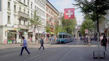 Einkaufsstraße in Zürich, Schweiz video