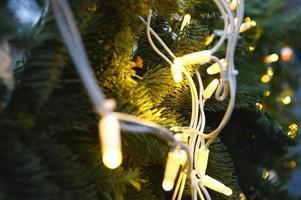 guirnalda de navidad luz brillante foto