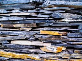 las paredes hechas de superposición de piedra sedimentaria foto
