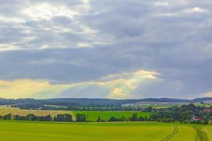 Paisajes agrícolas verdes y pacíficos de Alemania. foto