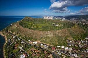 Toma aérea de Diamond Head Hawaii foto