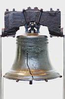 Campana de la libertad en el Salón de la Independencia en Filadelfia, EE. foto