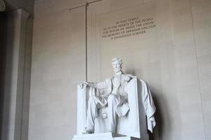 estatua de abraham lincoln en washington dc foto