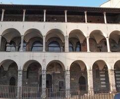 Commenda di pre convento católico, parte del complejo de la iglesia de San Giovanni en Génova, Italia. foto
