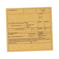 Etiqueta de declaración de aduanas en blanco aislado sobre blanco foto