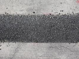 Trabajos de excavación de carreteras para fibra óptica. foto