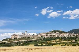 pueblo de asís en la región de umbría, italia. foto