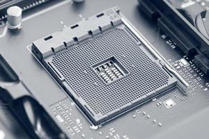 zócalo de la CPU en la placa base. tecnología informática moderna foto