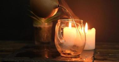 close up van china theeceremonie met kaarsen video